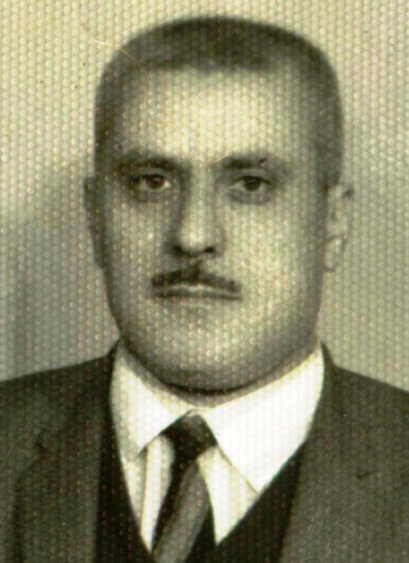 1937-1995 Mahmut Ekşi