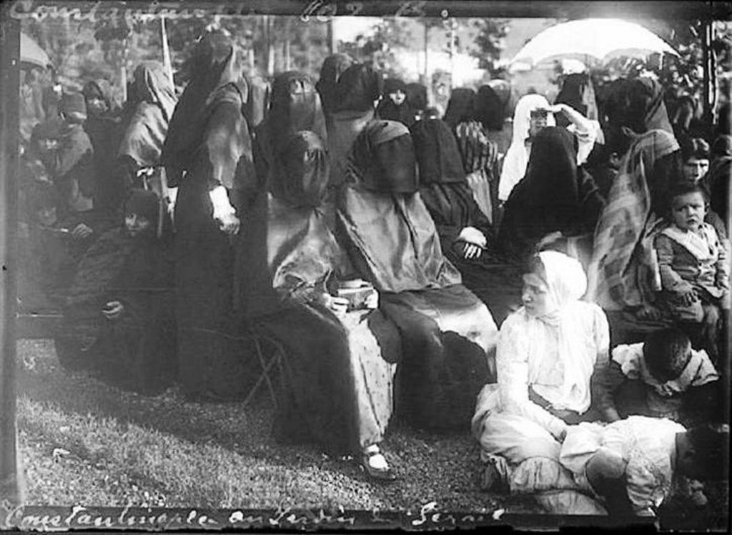 1914 Sürre Alayını uğurlamaya gelenler. Istanbul